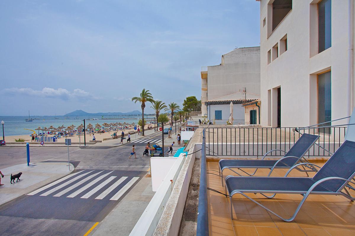 Pine Walk Apartments Puerto Pollensa Sleeps 6 Villa Vida